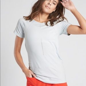Athleta Foothill Tee Ethereal Blue NWT L